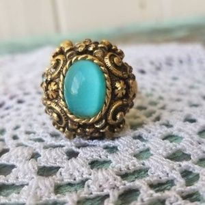 Jewelry - Vintage Massive Blue Gemstone Statement Ring